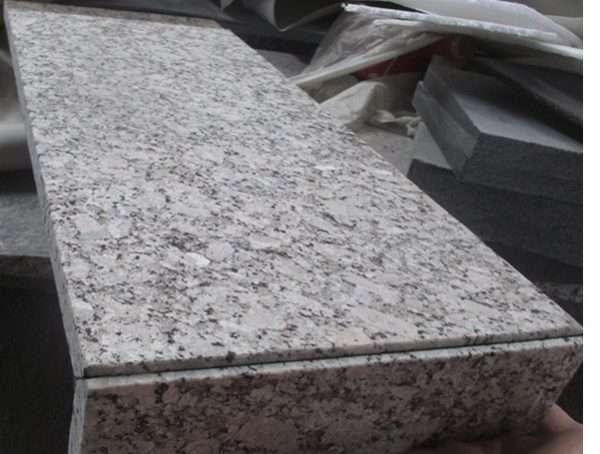 Granit fiamat exterior crema Julia cu preț bun in Bucuresti