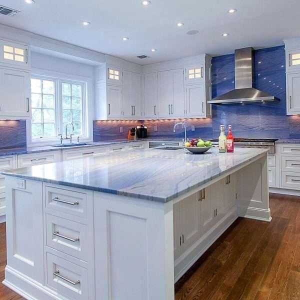 Granit albastru Azul Macaubas cu preț bun in Bucuresti