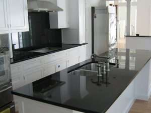 granite absolut black Rocas